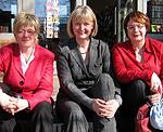 Hiltrud Lotze, Andrea Schröder-Ehlers (MdL) und Daniela Behrens (MdL) – Foto: Marco Sievers